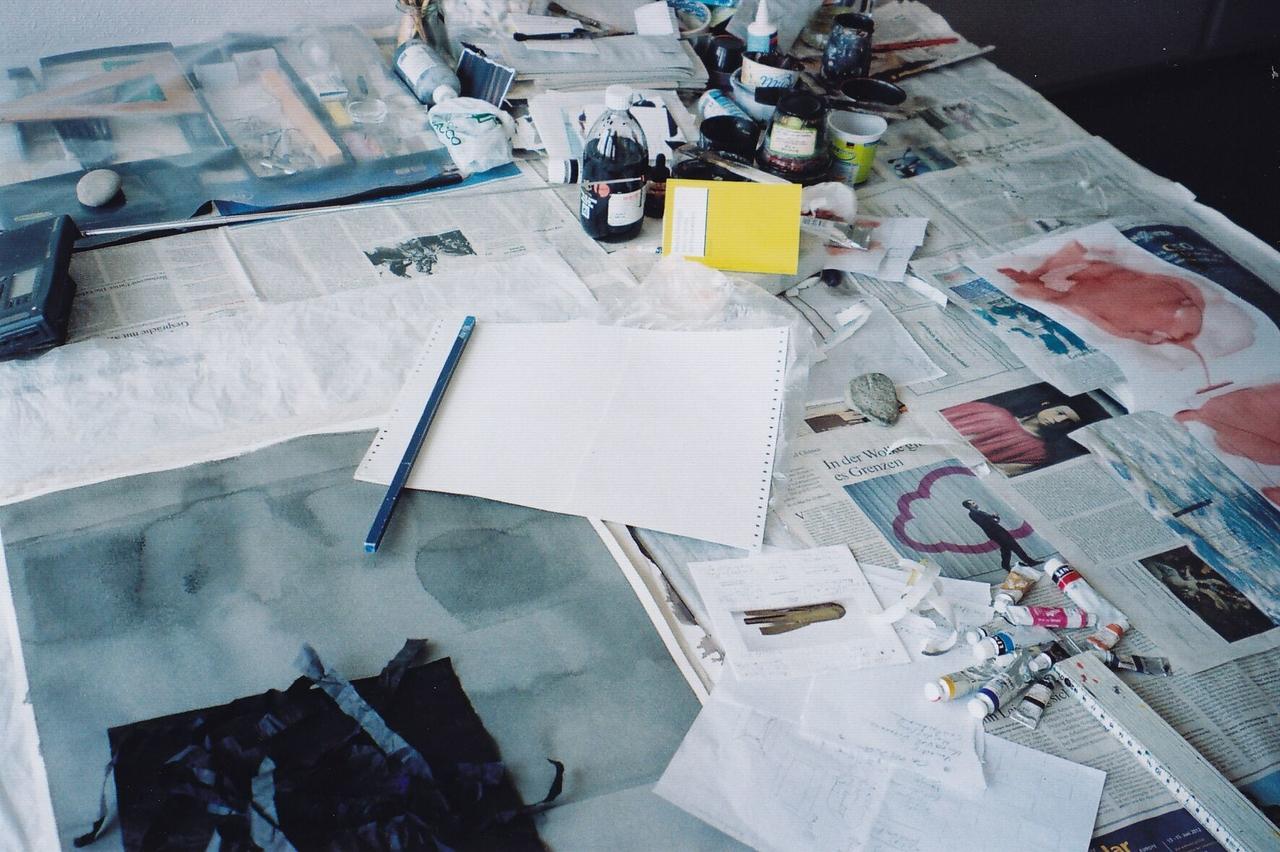 Künstler(in)schreibtisch